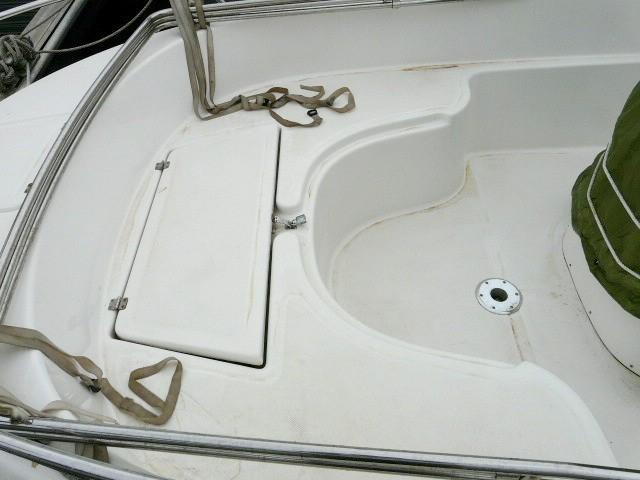 Vente-bateau-moteur-saint-cyprien-2