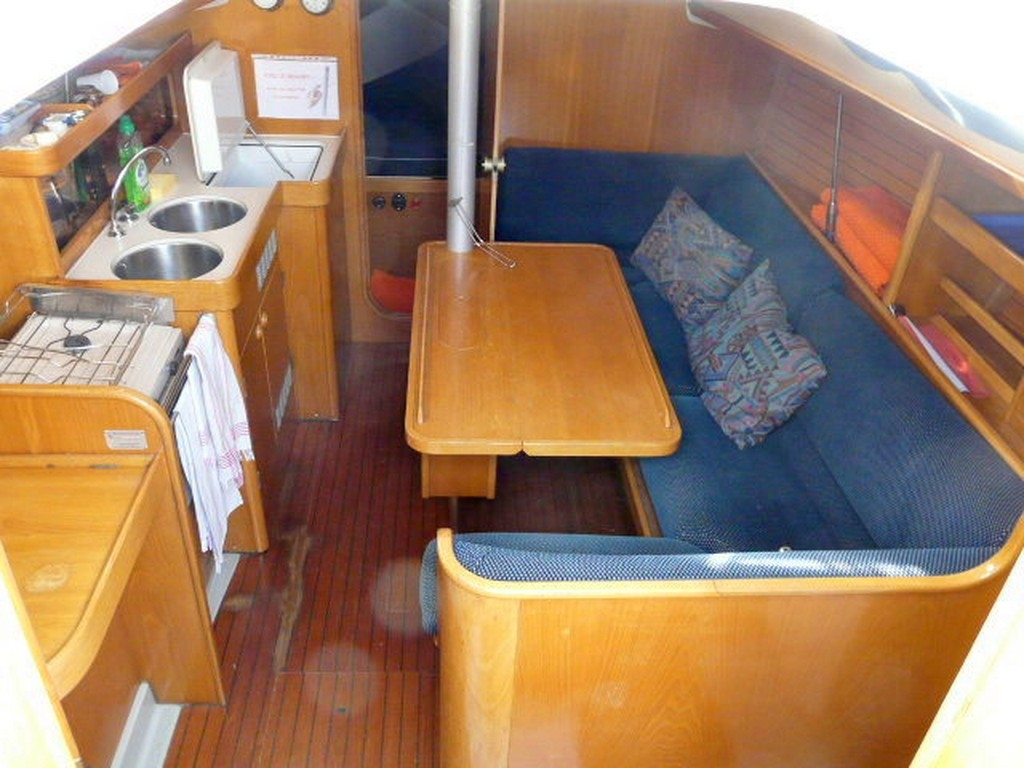 a vendre oceanis 320 d'occasion saint-cyprien