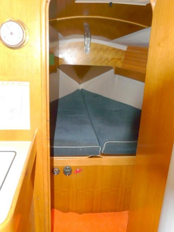 voilier beneteau oceanis 320 a vendre saint-cyprien