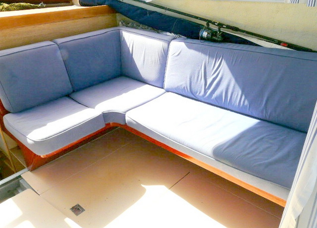 bateau habitable guy couach 9 a vendre sur saint-cyprien