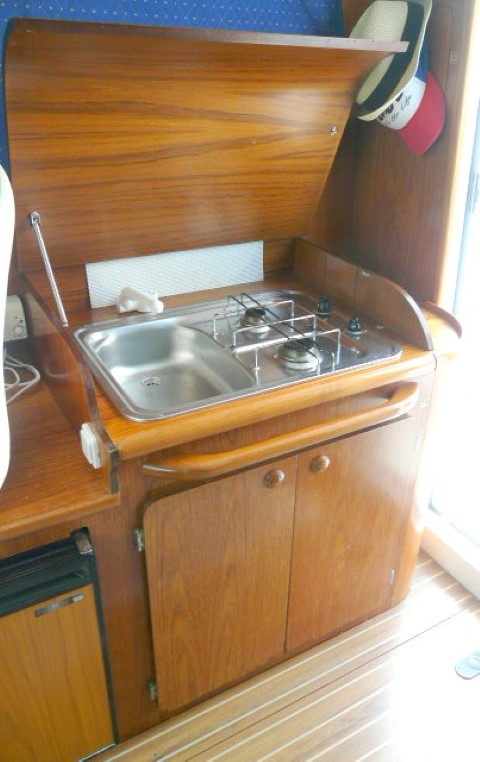 a vendre jeanneau 805 merry fisher